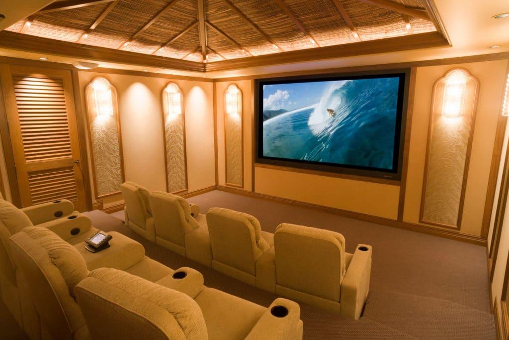 Paradise Theater - Bali Style